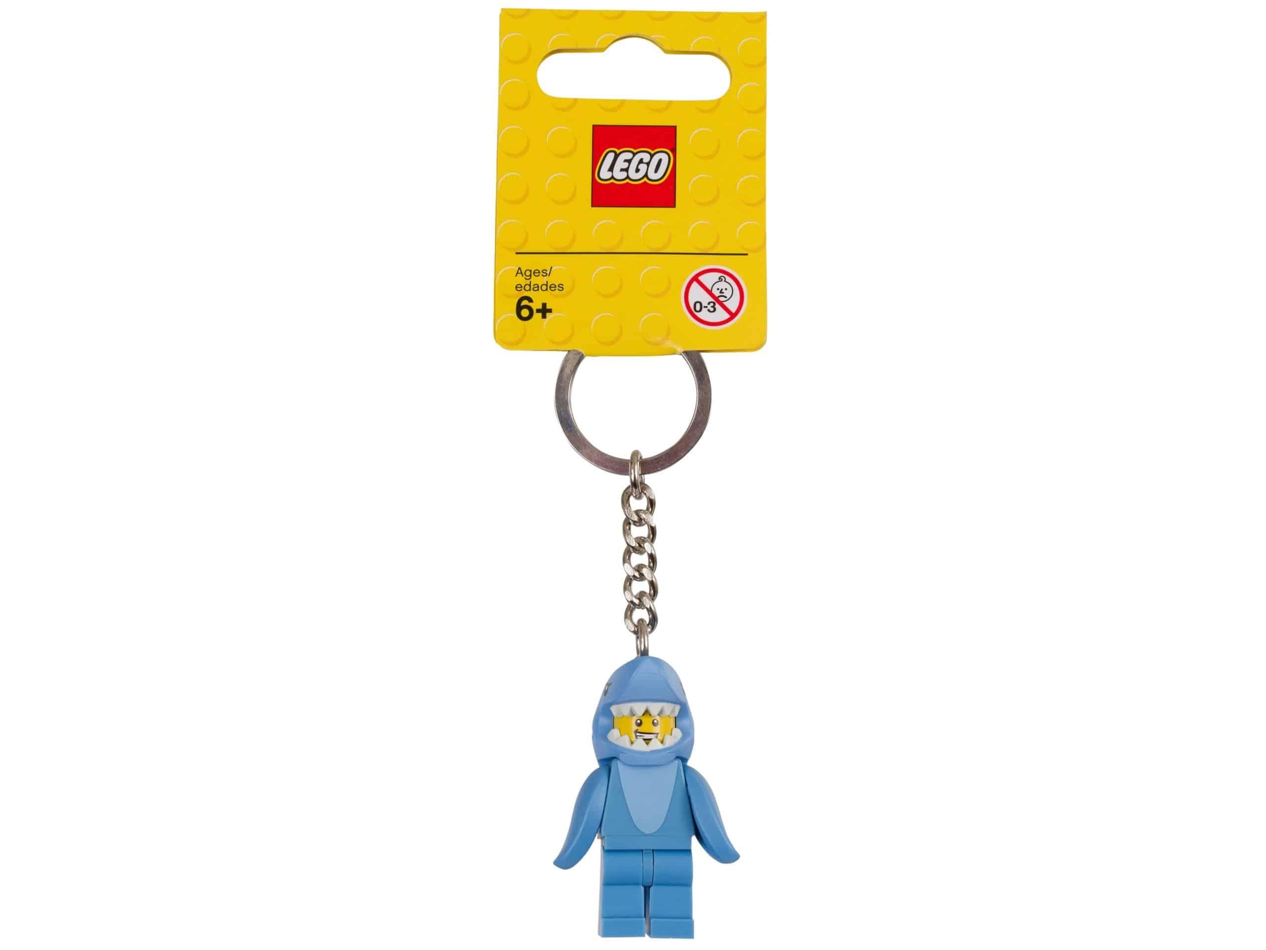 lego 853666 nyckelring kille i hajdrakt scaled