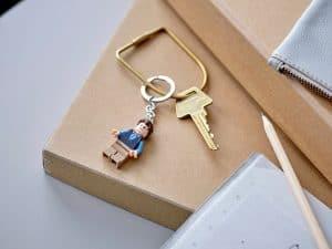 lego 854118 nyckelring chandler